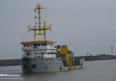 لایروبی بندر آستارا برای ورود کشتی